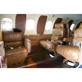 Bombardier Learjet 25