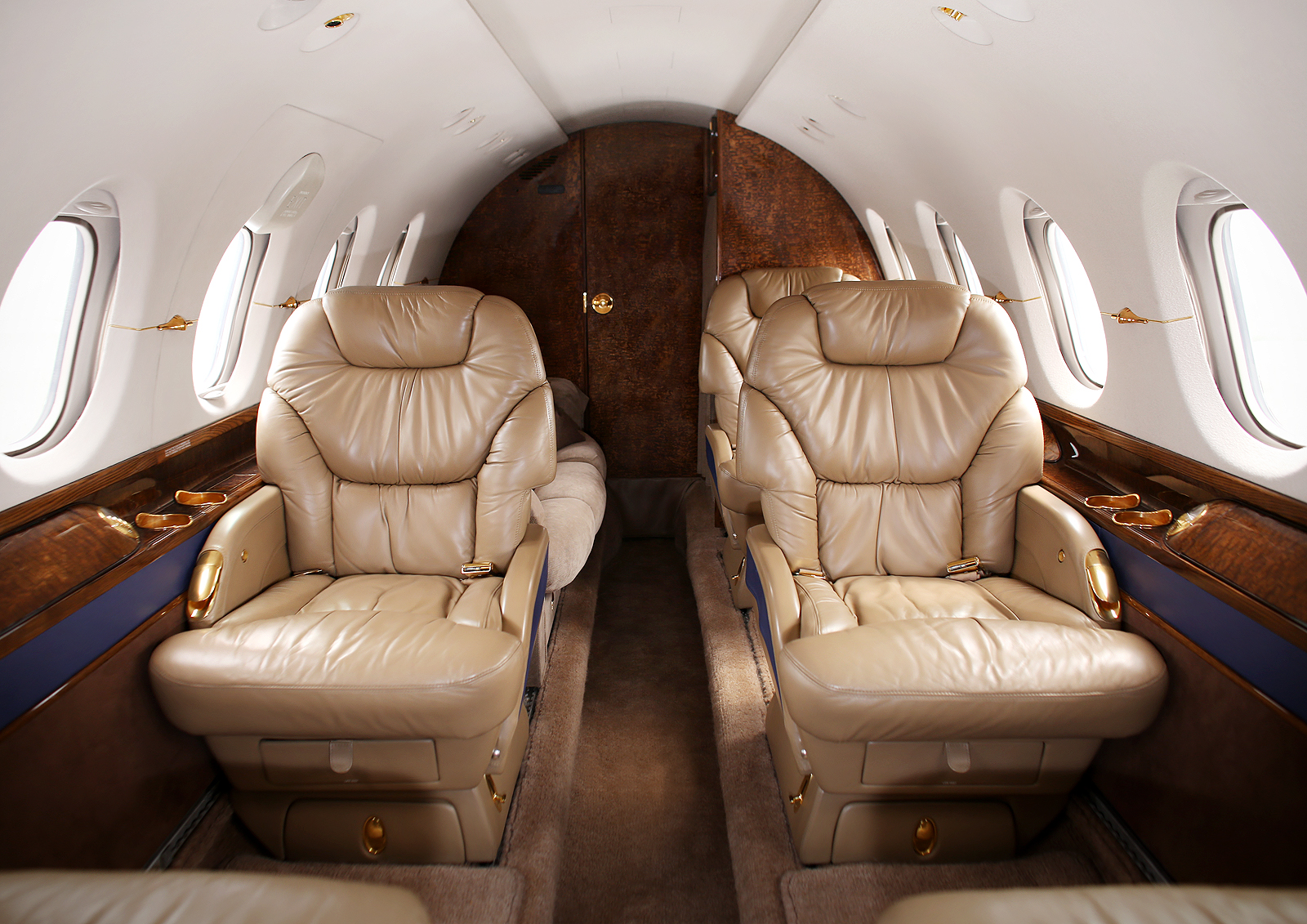 фото Beechcraft Hawker 800 XP