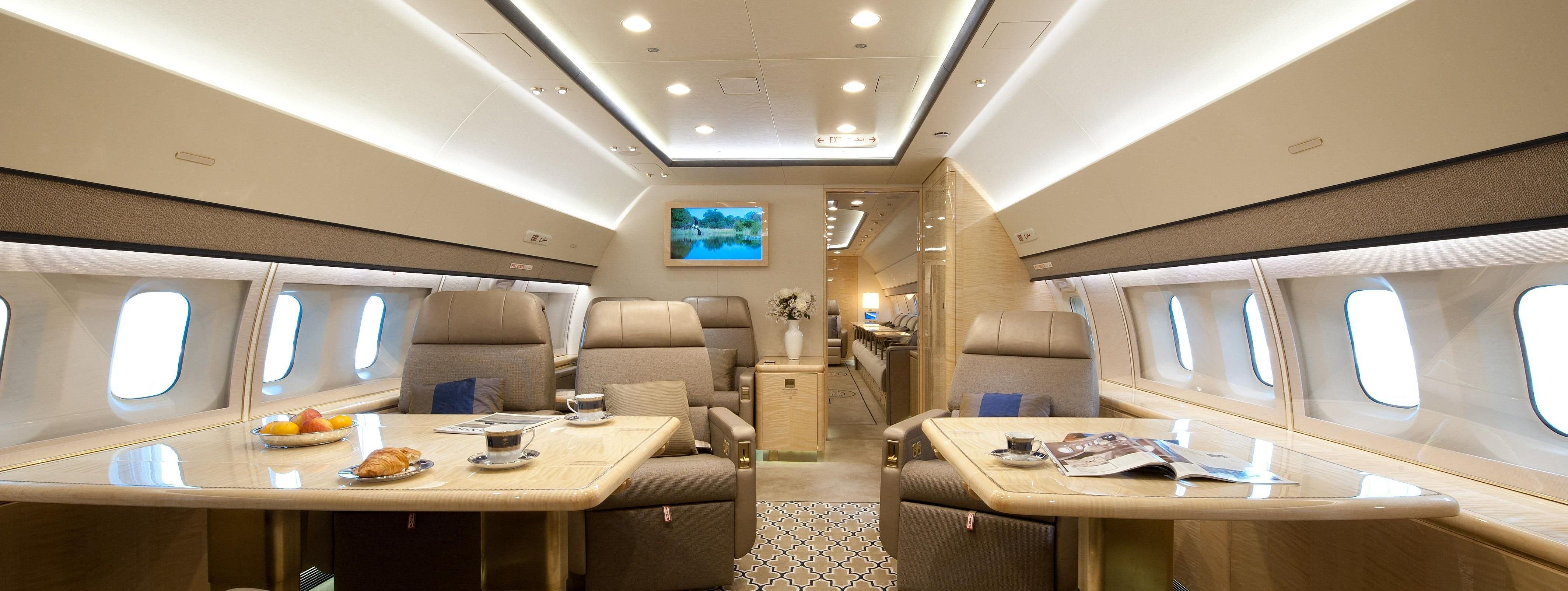 интерьер Boeing Business Jet 3
