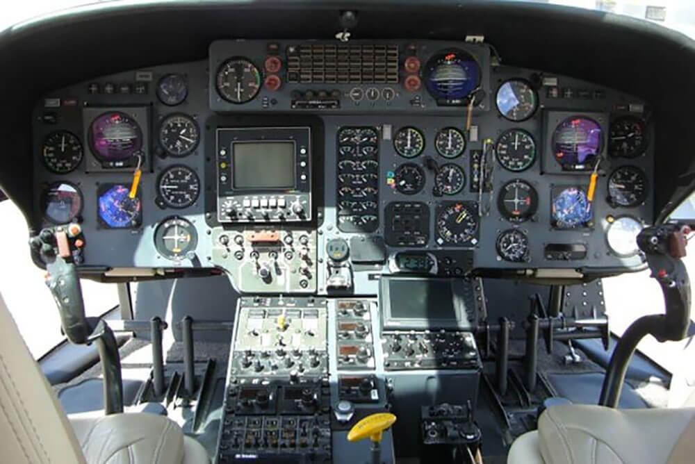частный вертолет EUROCOPTER AS365 DAUPHIN